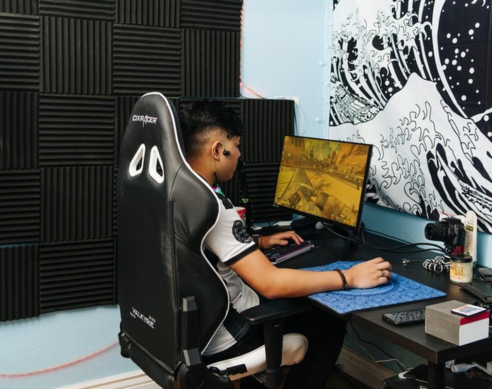 Cac streamer, game thu dinh dam mac gi khi len song-Hinh-10