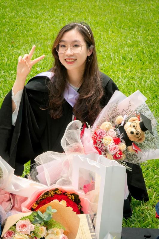 Hot girl Chloe Nguyen rang ro trong ngay tot nghiep-Hinh-7