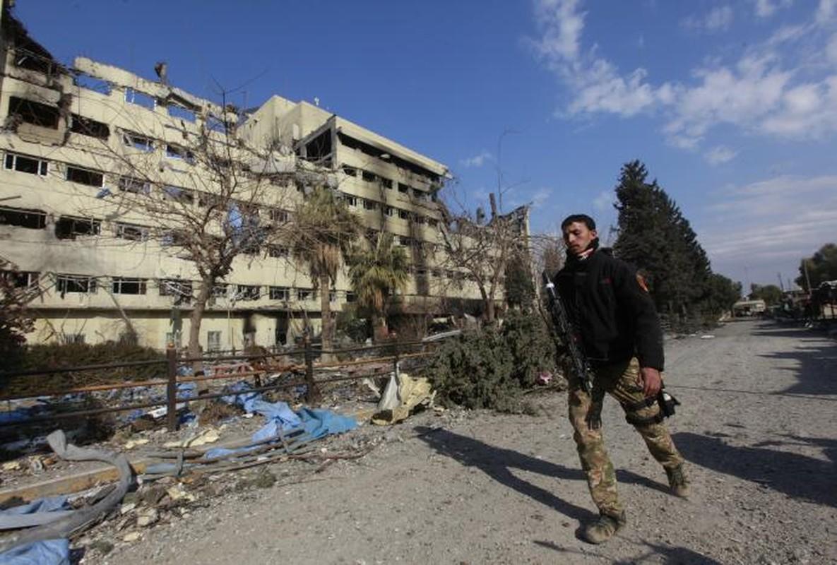 Dac nhiem Iraq tien sat bo dong song Tigris o Mosul-Hinh-7