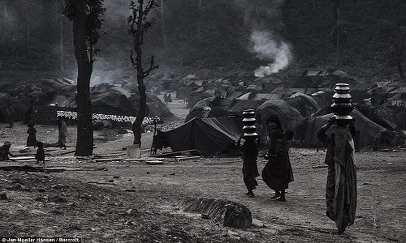 Cuoc song cua bo toc du muc Raute trong rung ram Nepal-Hinh-5