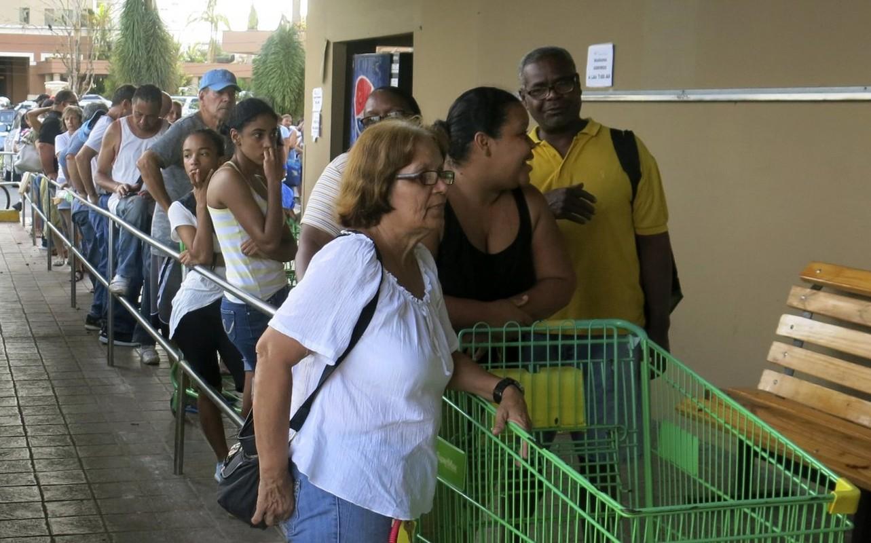 15 buc anh ve khung hoang nhan dao o Puerto Rico-Hinh-12