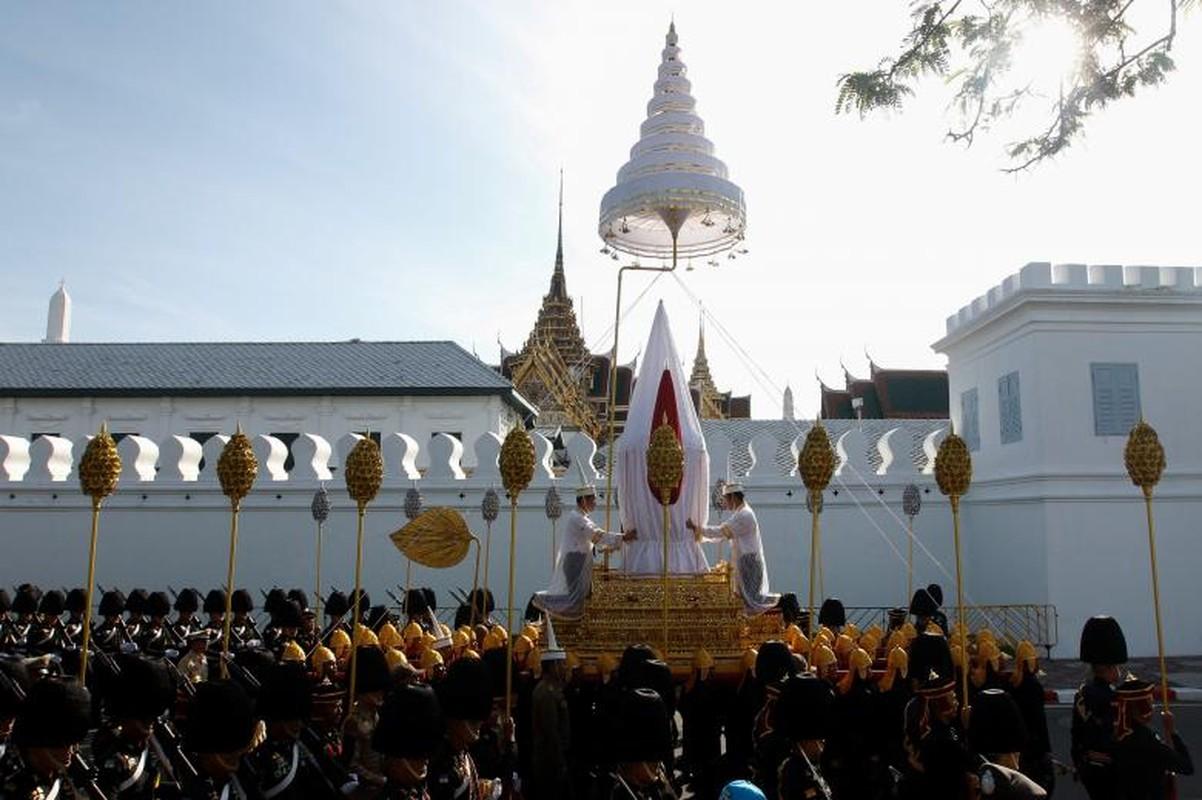 Bien nguoi du le hoa tang co Quoc vuong Bhumibol-Hinh-13