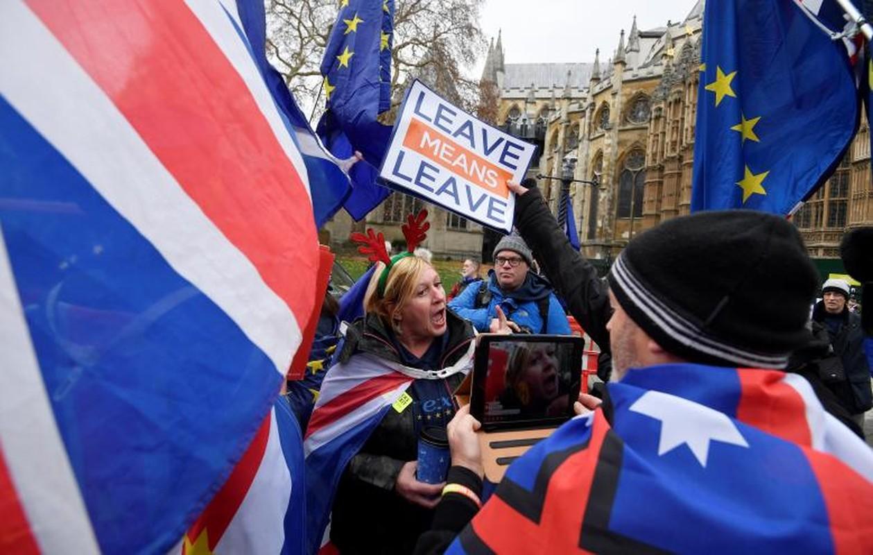 """Dam phan Brexit van """"be tac"""", dan Anh bieu tinh-Hinh-4"""