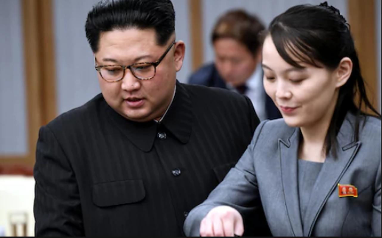 He lo doan quan chuc thap tung ong Kim Jong-un toi Viet Nam