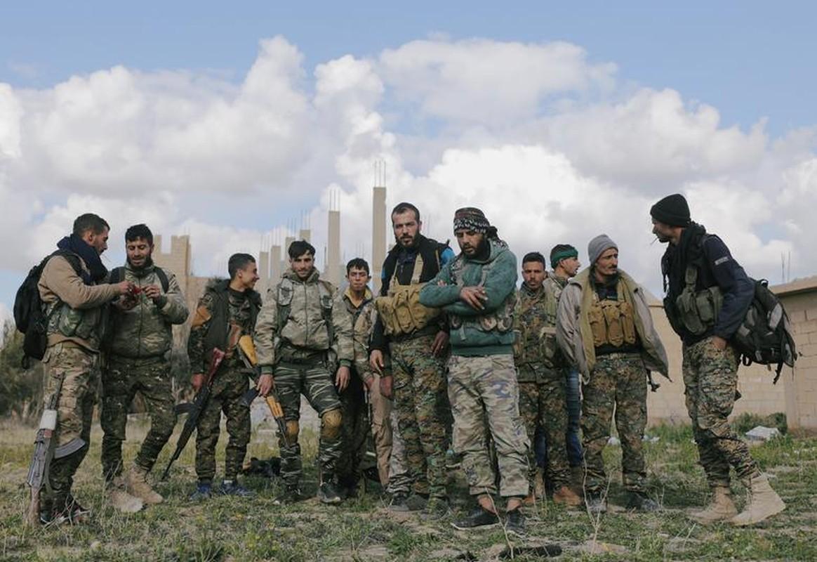 Hinh anh moi nhat trong thanh tri cuoi cung cua IS tai Syria-Hinh-14