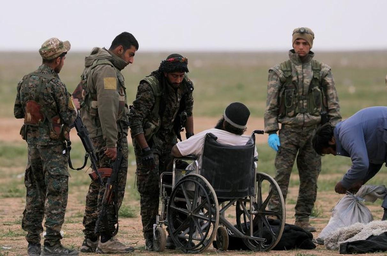 Hinh anh moi nhat trong thanh tri cuoi cung cua IS tai Syria-Hinh-9