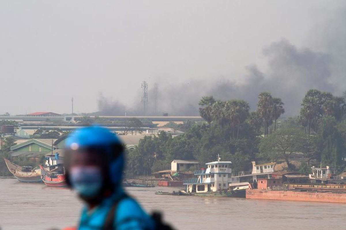 Bieu tinh o Myanmar: Vi sao ban bo thiet quan luat tai Yangon?-Hinh-11