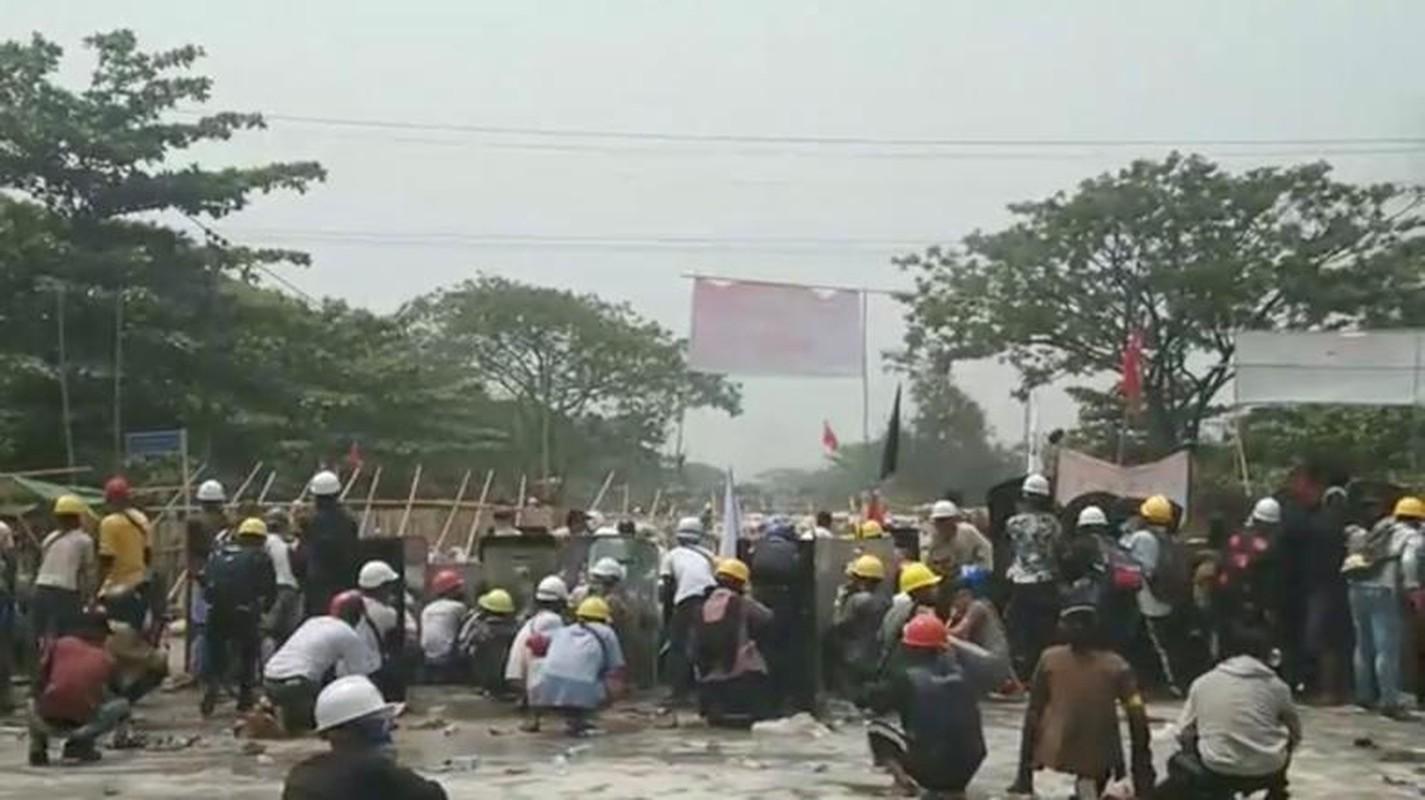 Bieu tinh o Myanmar: Vi sao ban bo thiet quan luat tai Yangon?-Hinh-8