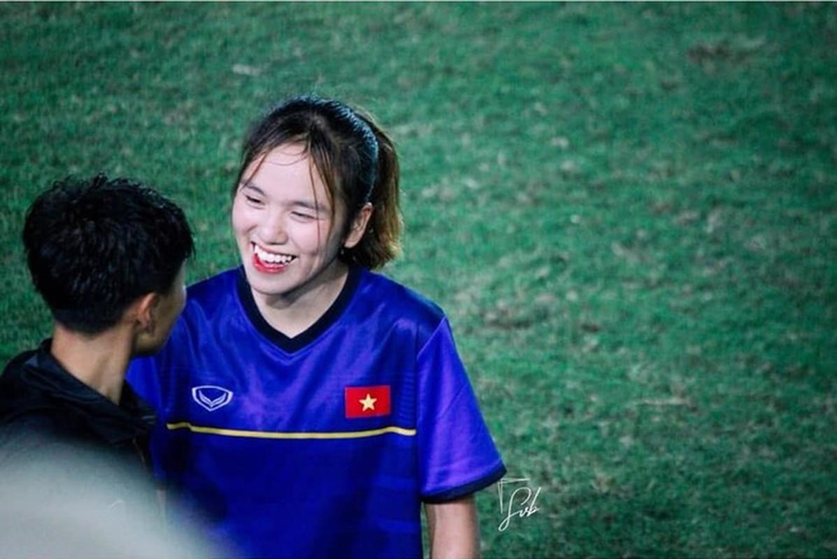 Xon xao nhan sac bong hong moi giua rung hoa cua tuyen U19 nu Viet Nam-Hinh-3