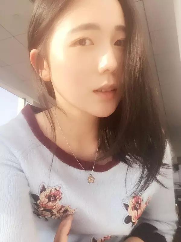 Bi nguoi yeu xi nhuc ngoai hinh, nu sinh Trung Quoc quyet giam can hoa hot girl-Hinh-4