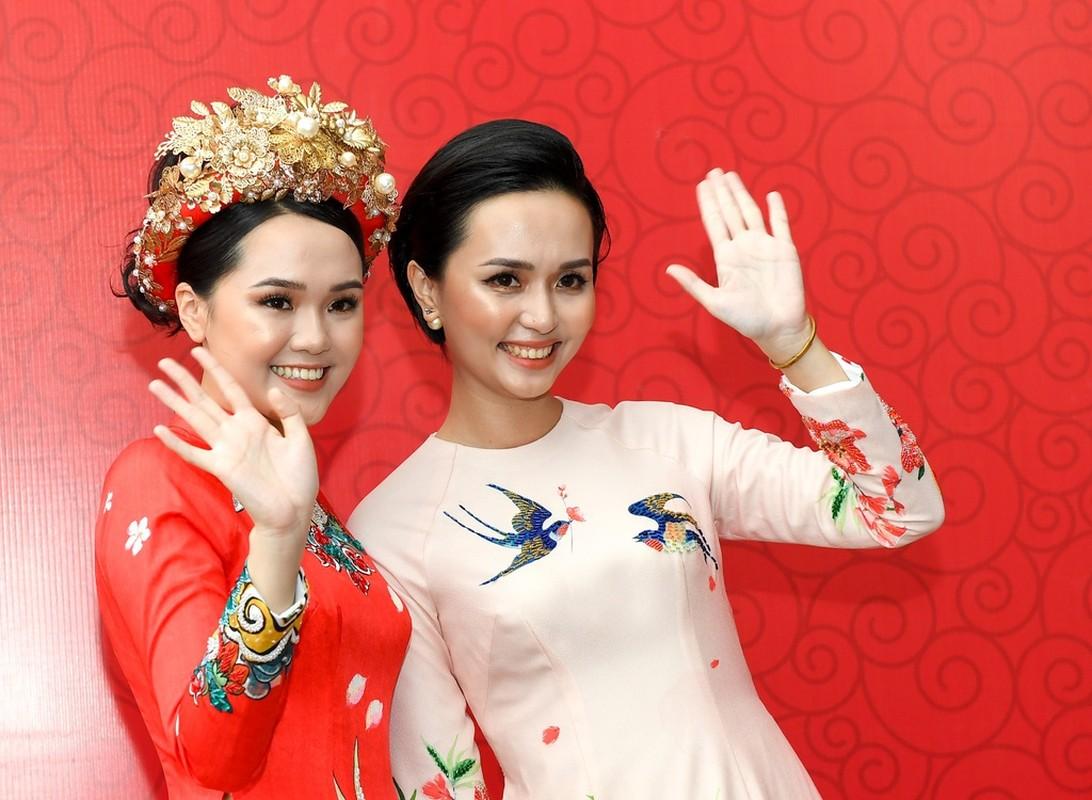 """Bien thanh """"ba co"""", vo Duy Manh len tieng benh vuc make up-Hinh-2"""