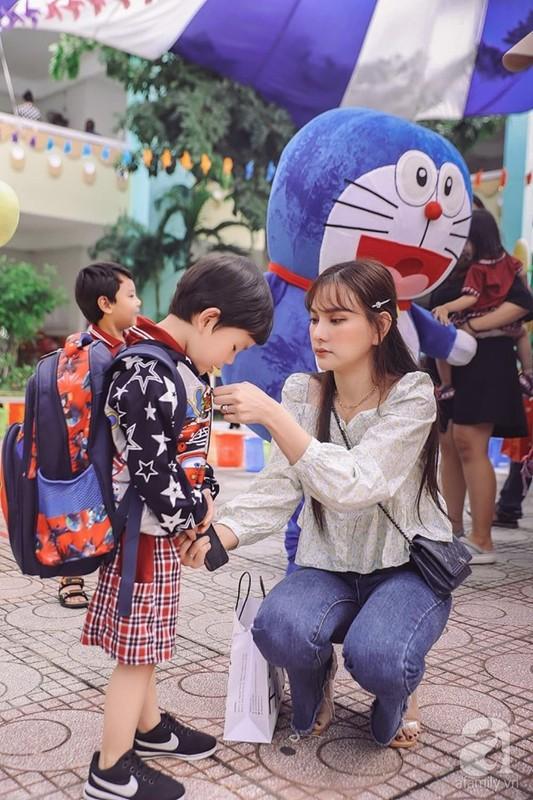 Chong Thu Thuy the nao sao on ao bao hanh con rieng cua vo?-Hinh-4