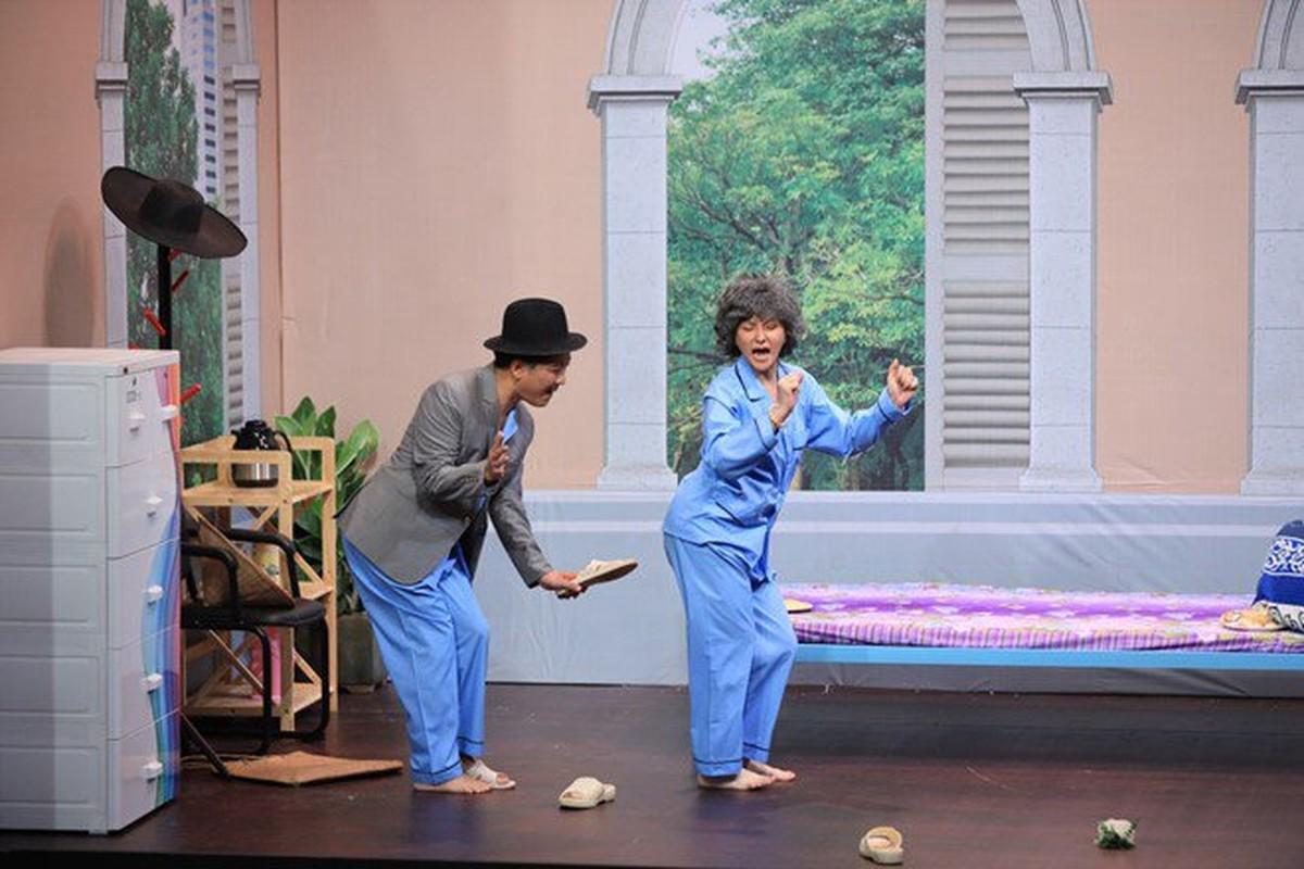 Chong Thu Thuy the nao sao on ao bao hanh con rieng cua vo?-Hinh-5