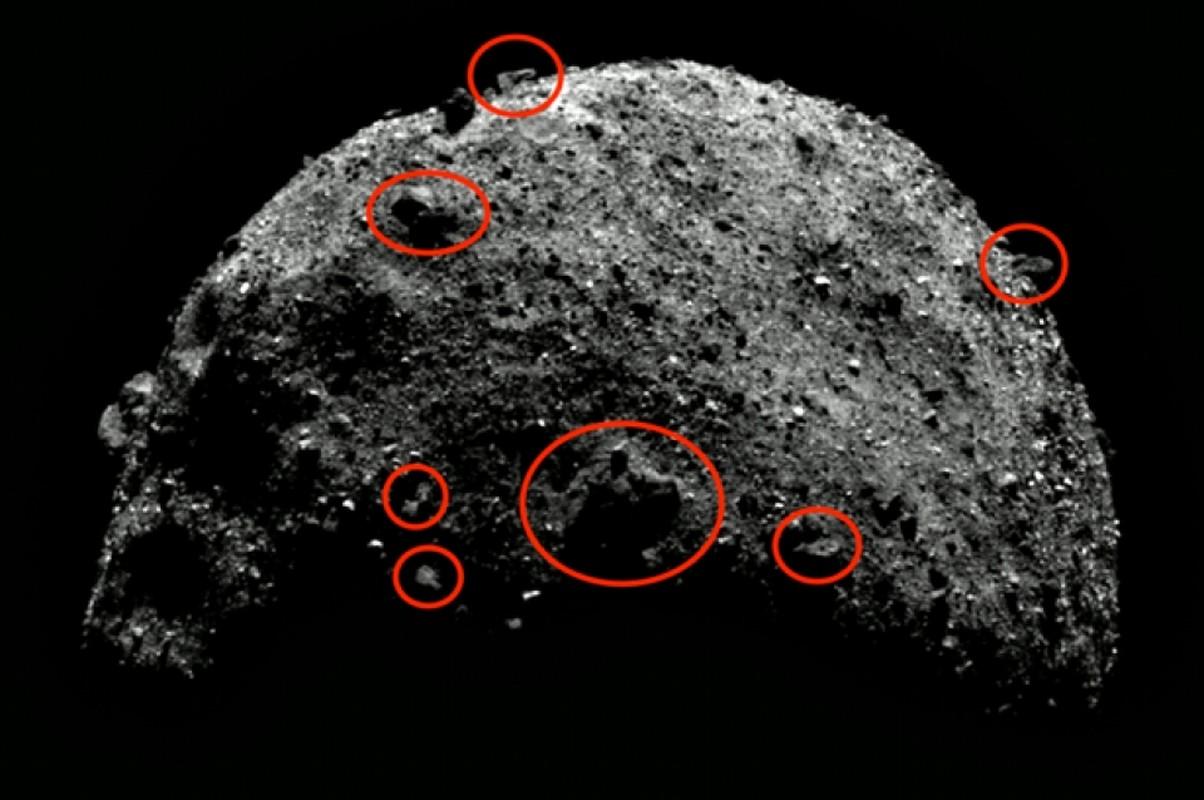 Tau NASA lay mau tieu hanh tinh Bennu mat... 5 giay-Hinh-2