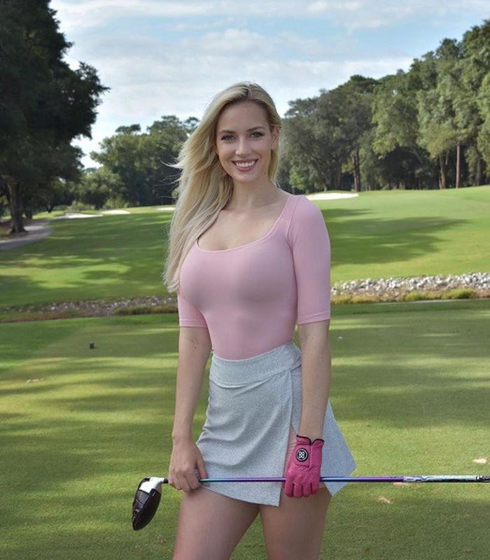 Golfer nu xinh dep nhat the gioi tung bi che pha hong mon quy toc-Hinh-2