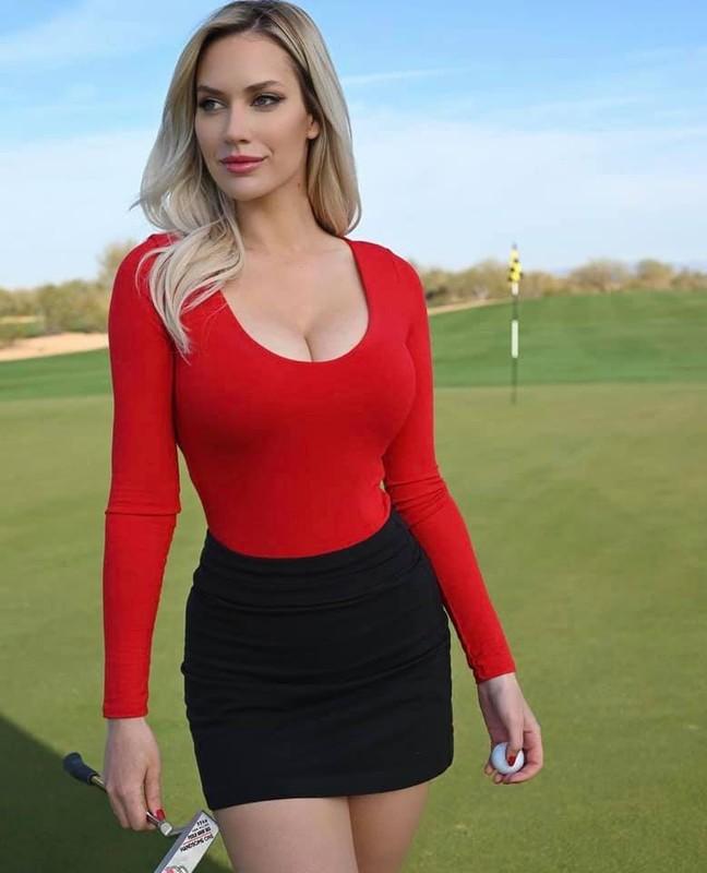 Golfer nu xinh dep nhat the gioi tung bi che pha hong mon quy toc-Hinh-7
