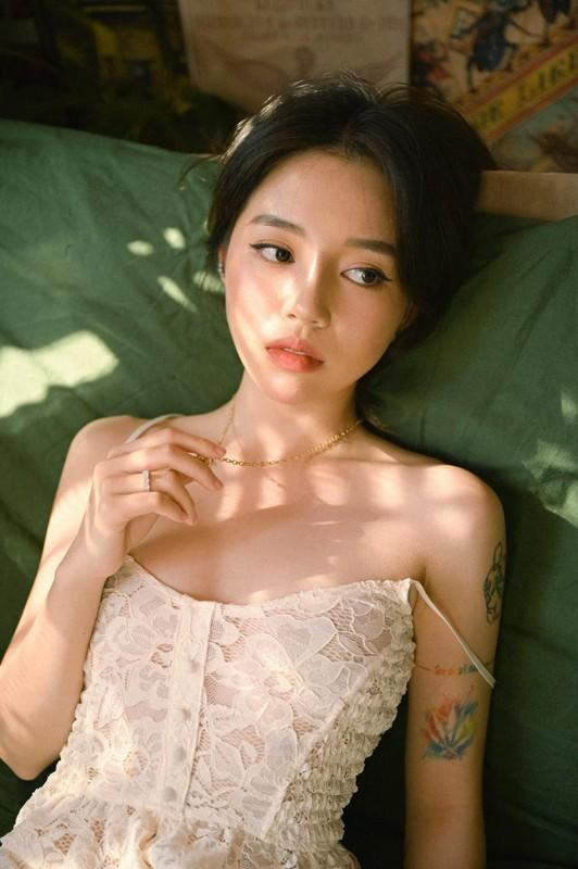 """Linh Ngoc Dam khoe kheo """"ca ro"""" hinh xam gay me nguoi nhin-Hinh-4"""