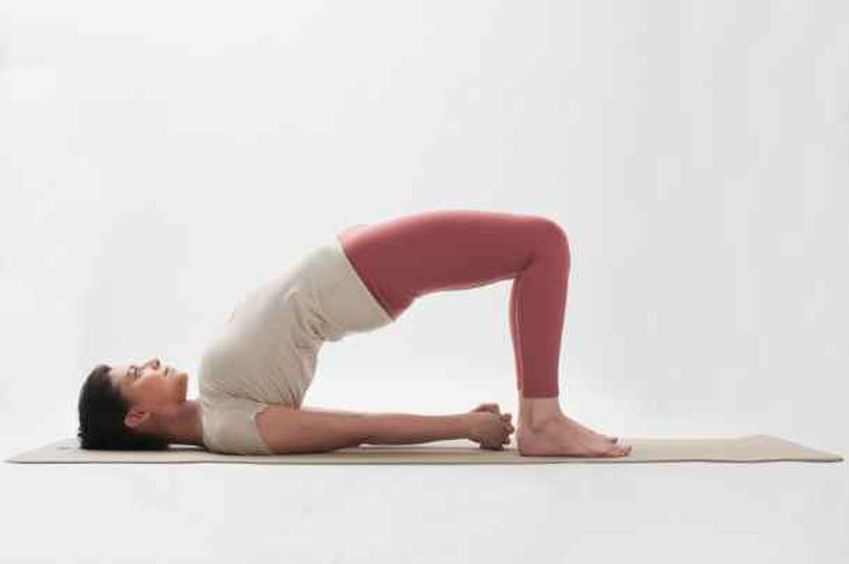 Bai tap yoga giup tang kha nang thu thai cho phu nu-Hinh-6