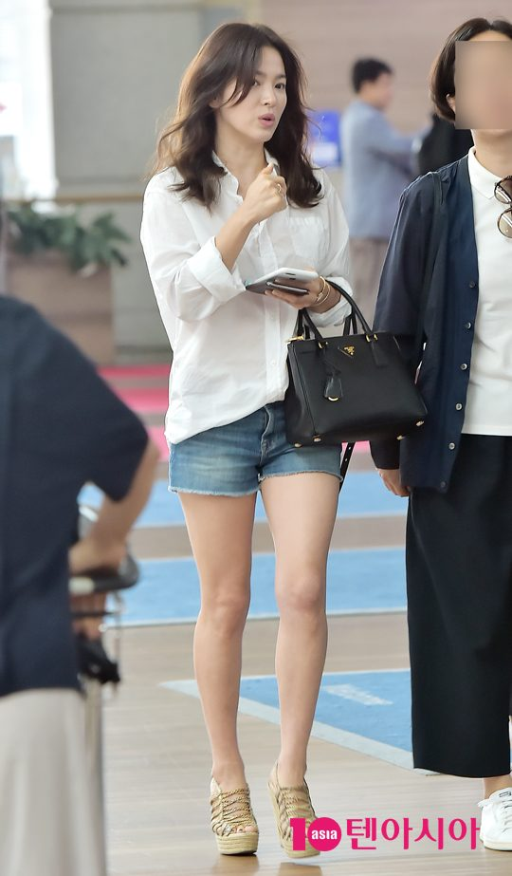 Song Hye Kyo kin dao hap dan, dung hoi Hyun Bin me man-Hinh-10