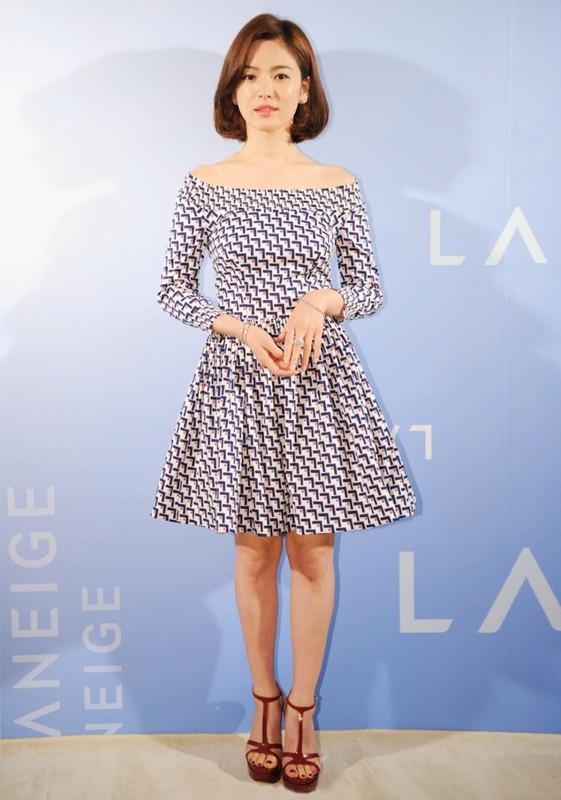 Song Hye Kyo kin dao hap dan, dung hoi Hyun Bin me man-Hinh-15