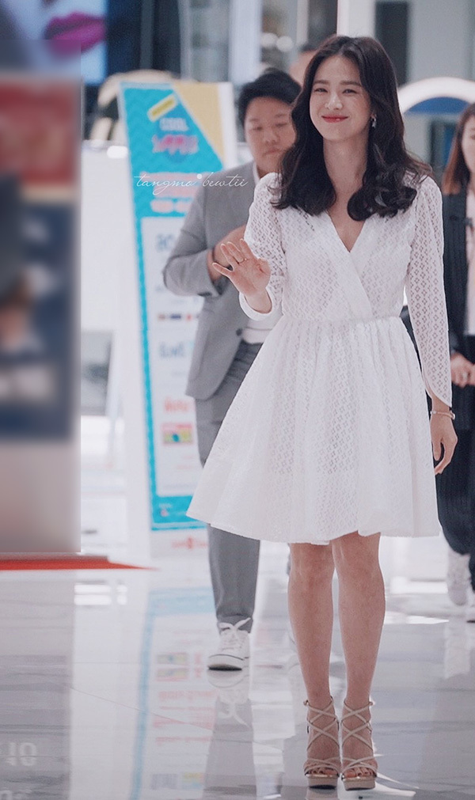 Song Hye Kyo kin dao hap dan, dung hoi Hyun Bin me man-Hinh-8