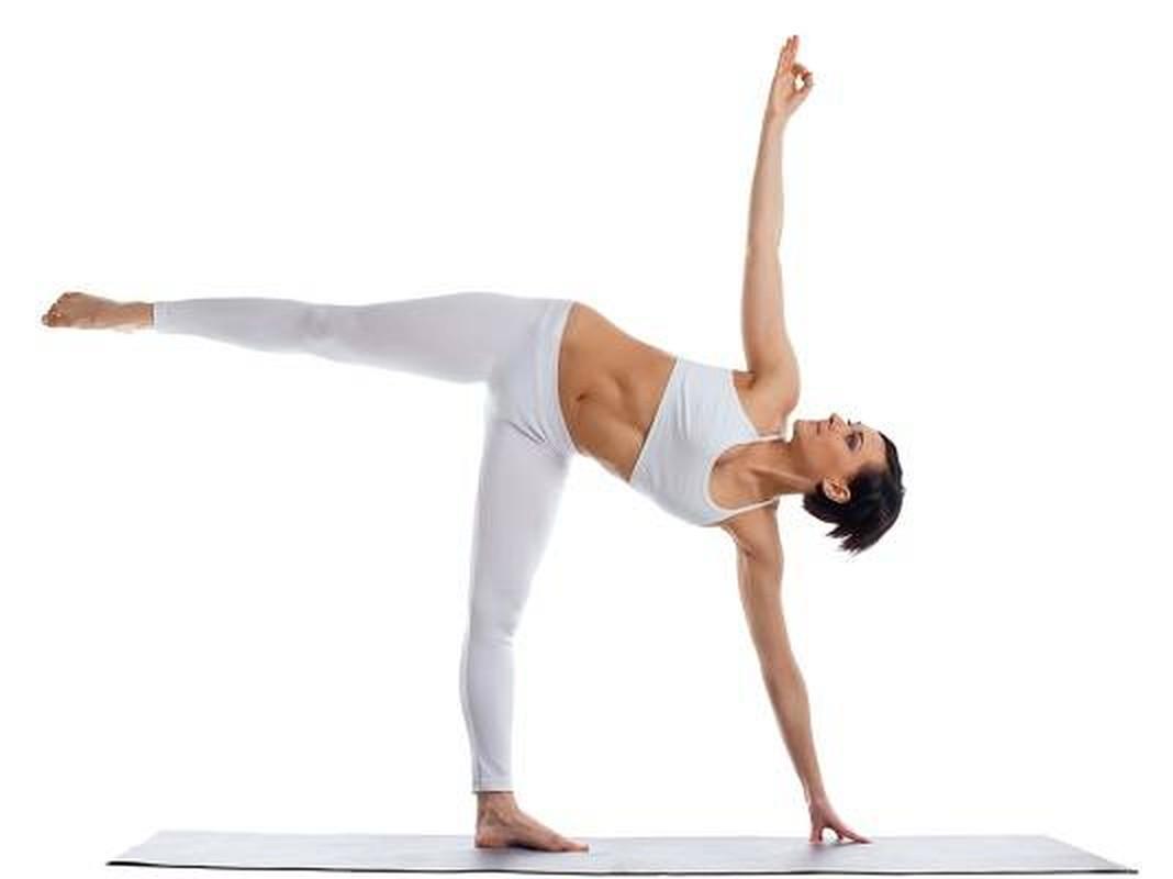 Chi em tap ngay tu the yoga nay de ngua loang xuong-Hinh-7