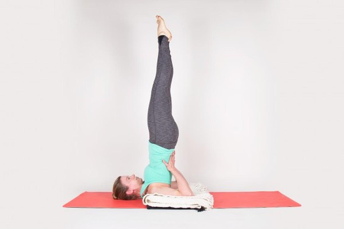 Chua tri ngay tai nha voi tu the yoga cuc hieu qua nay-Hinh-10