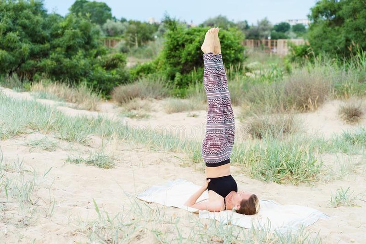 Chua tri ngay tai nha voi tu the yoga cuc hieu qua nay