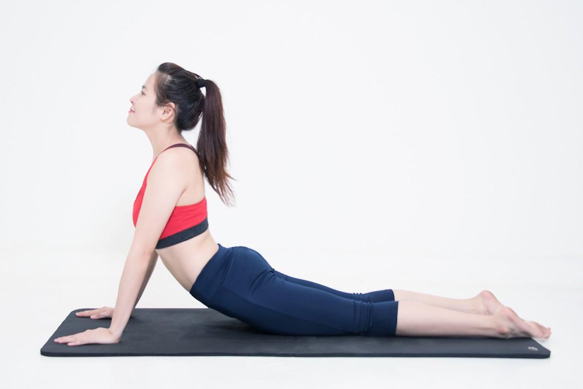2 bai tap yoga giup tang cuong chuc nang than