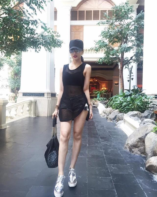"Gu thoi trang nong bong het co cua ""hotgirl an choi so 1 Sai Thanh""-Hinh-5"