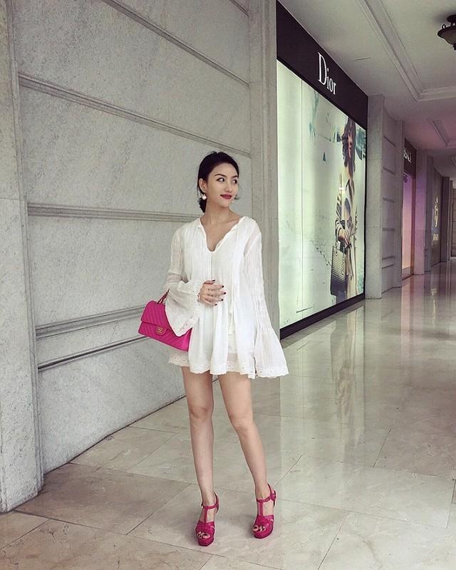 "Gu thoi trang nong bong het co cua ""hotgirl an choi so 1 Sai Thanh""-Hinh-7"