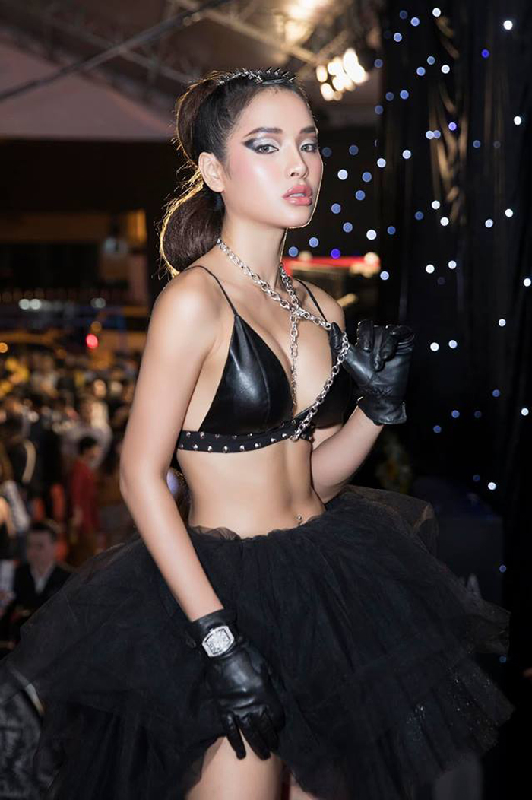 """Thoi trang sexy """"nghet tho"""" cua my nhan duoc vi """"bom sex"""" Vbiz-Hinh-14"""