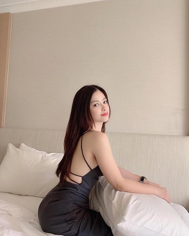 Duong Hoang Yen sexy, trai nguoc hoan toan hinh anh trong Sao Nhap Ngu-Hinh-11