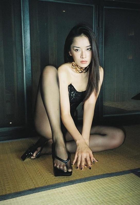 """""""Noi got"""" Chi Pu, Ngoc Trinh mac quan tat khong noi y dam chat 18+-Hinh-4"""