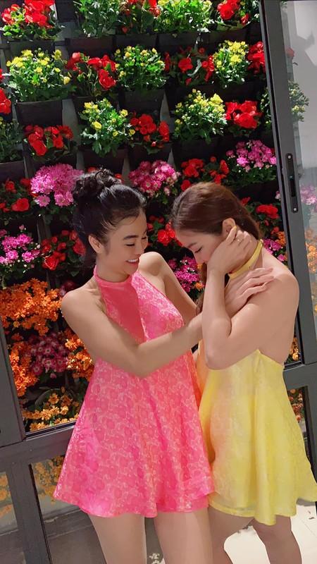 "Mac ao yem voi quan ""tang hinh"", hoa hau Julia Ho gay choang-Hinh-10"