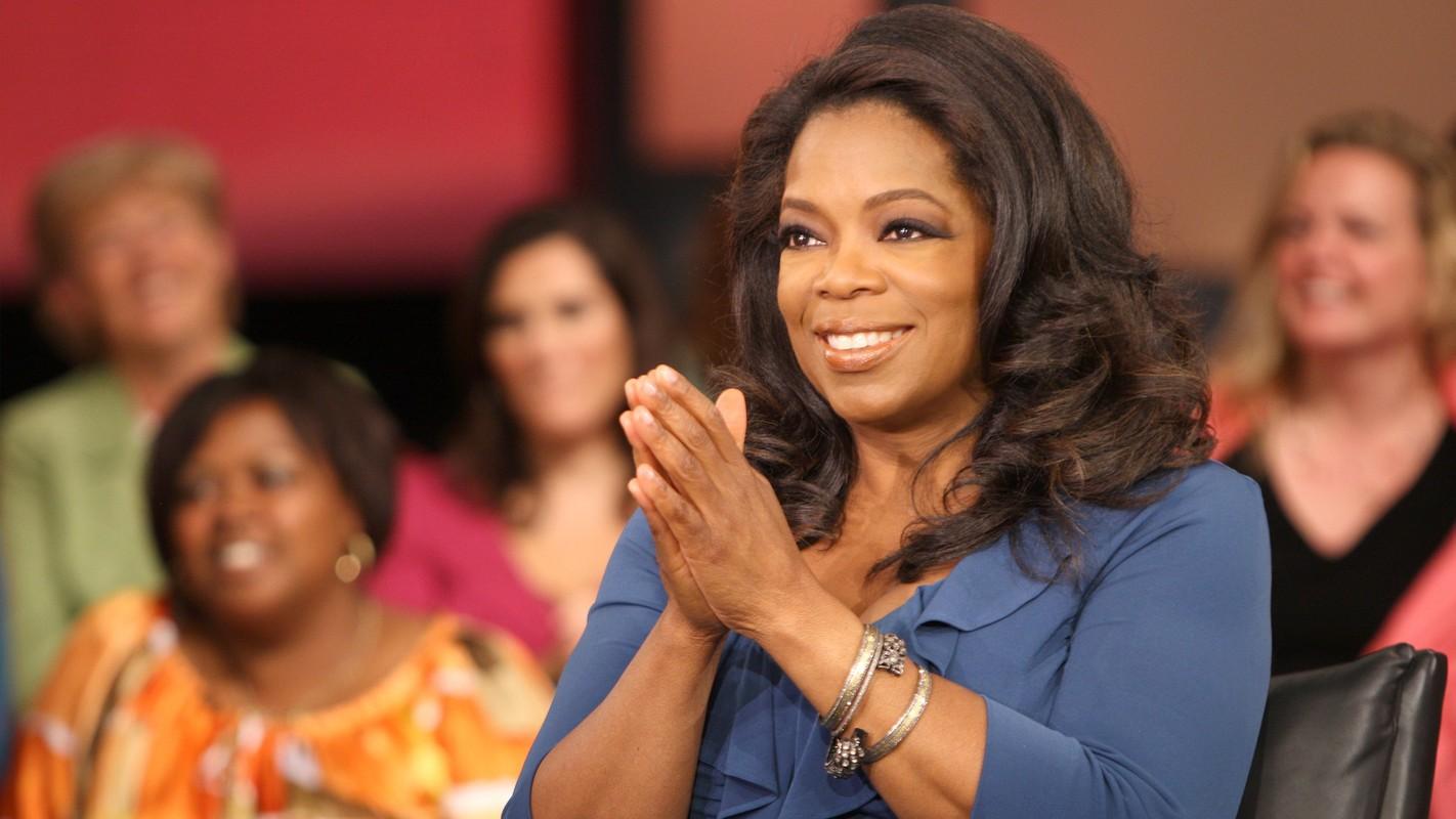 Cuoc doi ba trum truyen thong Oprah Winfrey khien the gioi nhieu lan rung dong-Hinh-6