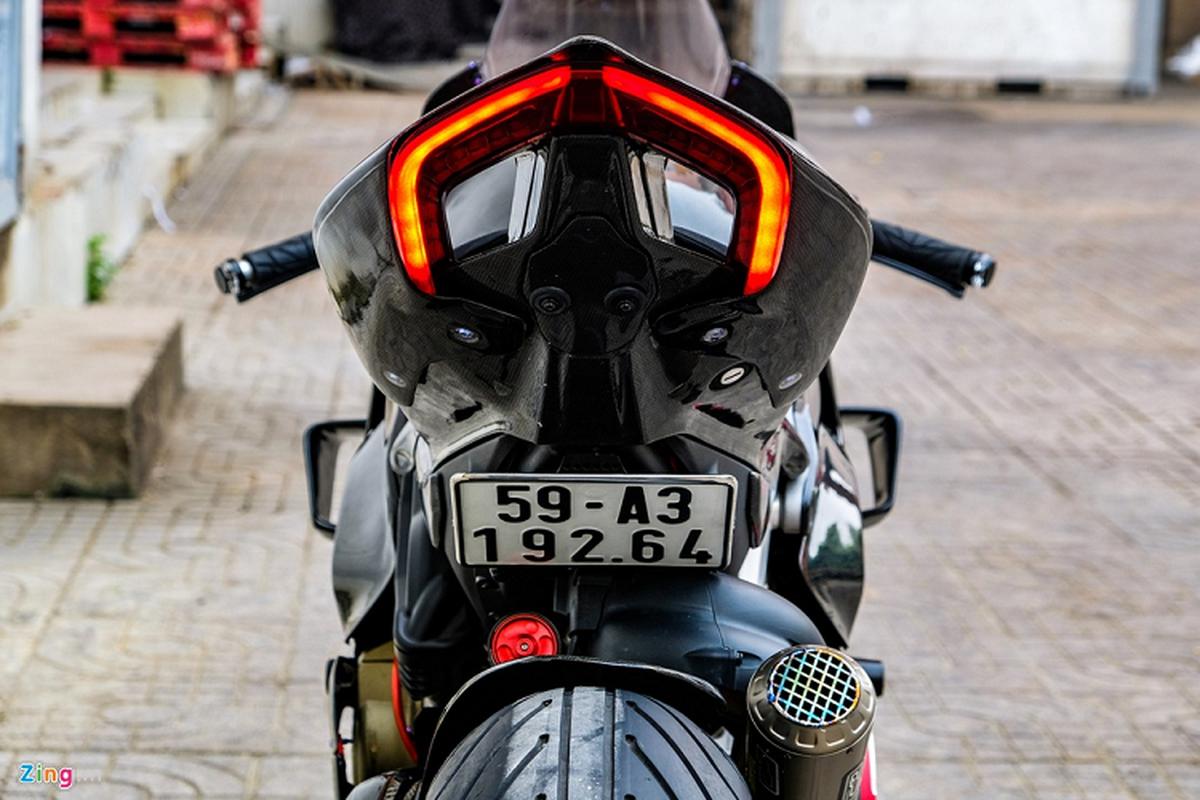 Ducati Panigale V4 voi goi do xe dua tien ty tai TP.HCM-Hinh-3