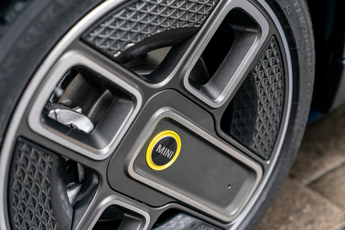 Chi tiet MINI Cooper SE Electric Collection 2021 vua ra mat-Hinh-4