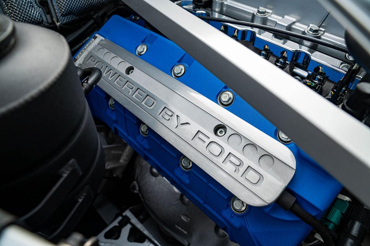 Sieu xe Ford GT Heritage Edition 2006 du tinh 605.000 USD-Hinh-9