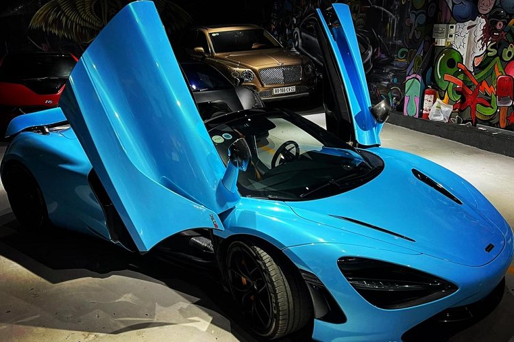 McLaren 720S Spider is more than 20 years old in the middle of Cu Chi-Hinh-3