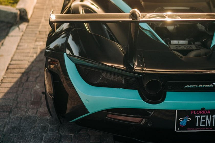 McLaren 720S than vo in 3D carbon dau tien, gia 12,6 ty dong-Hinh-3