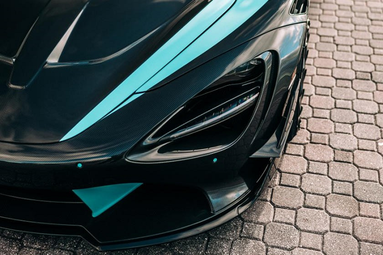 McLaren 720S than vo in 3D carbon dau tien, gia 12,6 ty dong-Hinh-4
