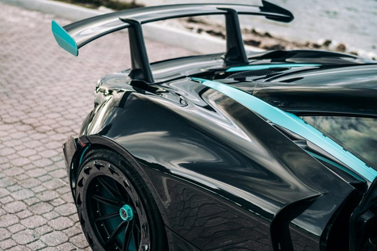 McLaren 720S than vo in 3D carbon dau tien, gia 12,6 ty dong-Hinh-6
