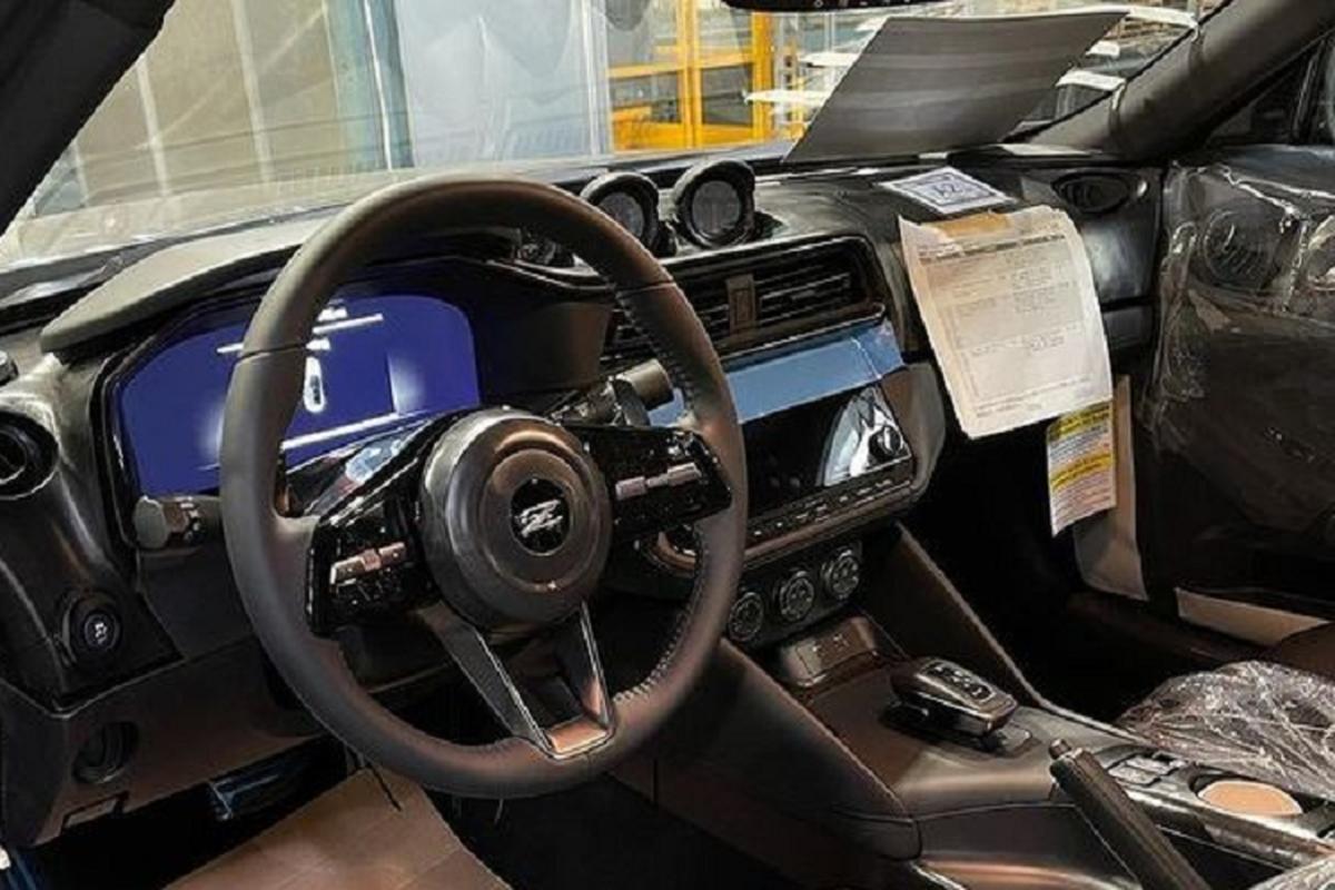 Nissan 400Z 2022 se dung chung