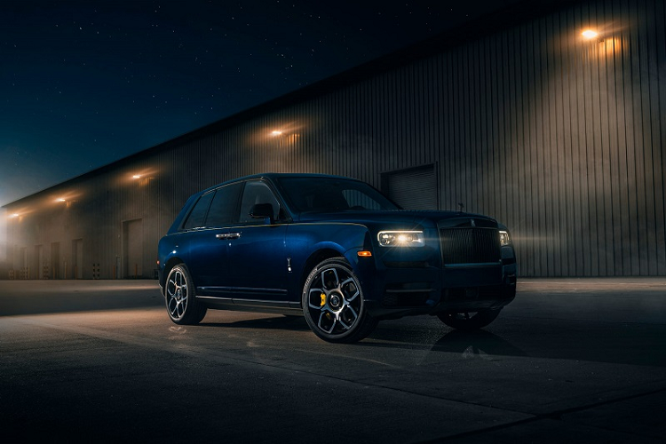 What does the Super SUV Rolls-Royce Cullinan of Google signed with Google? -Hinh-2