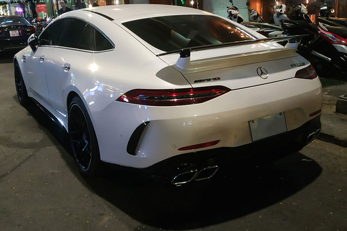 Mercedes-AMG GT 63S doc nhat tai Viet Nam manh hon ca Lamborghini-Hinh-3