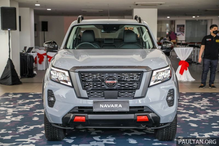 The Nissan Navara PRO-4X launched in Malaysia, the Vietnamese player for the picture-2