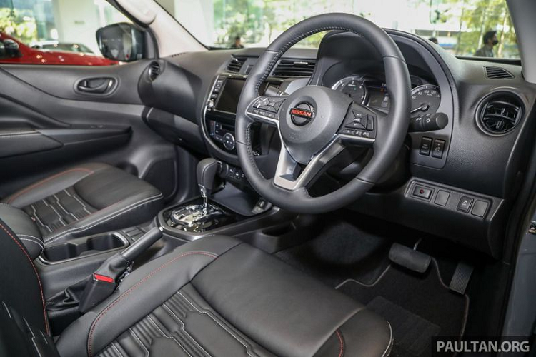 The Nissan Navara PRO-4X launched in Malaysia, the Vietnamese player for the picture-5