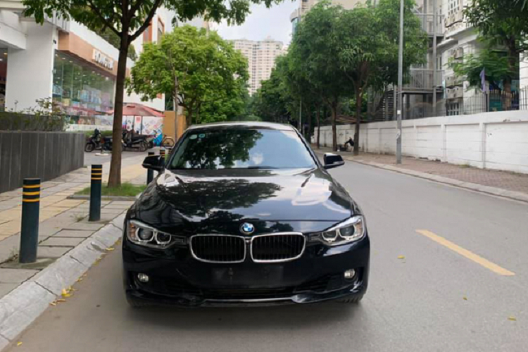 Should you take a car to the BMW 320i 2014, more than 600 million in Vietnam? -Hinh-9