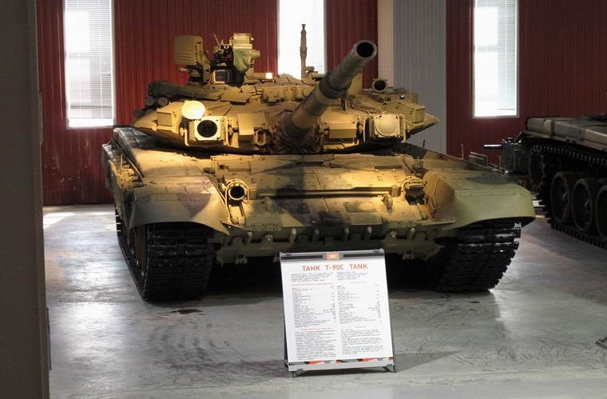 Vi sao xe tang T-90 ban chay nhat the gioi?